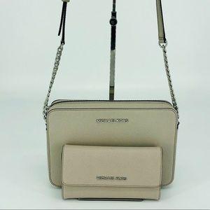 2PCS Michael Kors Jet Set Crossbody Bag Wallet Set